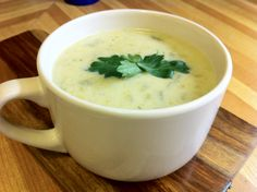 Simple Cream of Celery Soup Low Carb Sometimes I get so carried away in creating such complex soup recipes that I forget to include the easier ones I've tried out that require few ingredients and little time. Celery Recipes, Soup Recipes, Cooking Recipes, Drink Recipes, Easy Recipes, Keto Soup, Vegan Soup, Vegetarian, Celery Smoothie