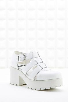 Vagabond Dioon Closed-Toe Sandals in White