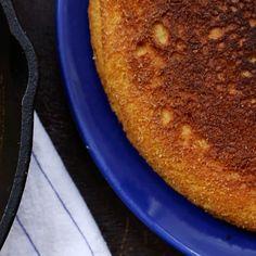 The crust on @angiemosier's cornbread from Vol. 4 Buttermilk is legit. #shortstackeds #cornbread #buttermilk