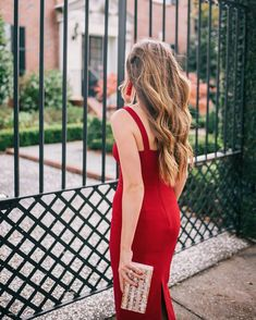 The red dress  over on galmeetsglam.com today (link in profile!) @shopstyle @neimanmarcus #holidaystyle #littlereddress #edieparker #neimanmarcus #sponsored