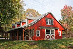 Building Type: Horse Barn with Two Bedroom Apartment on Second Floor • Building Size: 36'W x 72'L x 10′ • Stalls: Eight Stalls