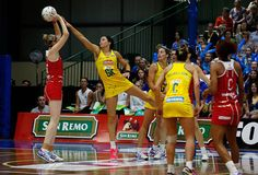 Sharing Layton defending like a champion! Love sharni Layton 4 ever!!!