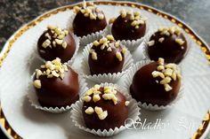 BB orieškové guľky, vianočné pečenie, nepečené koláčiky, drobné koláčiky, sladký život