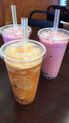 Snap Food, Food Snapchat, Frozen Drinks, Starbucks Drinks, Food Goals, Cafe Food, Smoothie Drinks, Bubble Tea, Food Cravings