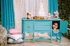 vintage garden wedding Hey I can paint our white buffet that's just like this a Tiffany Blue if you want!