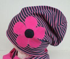 Beanie,pink blau,applizierte Blume,Wunschgröße von Martina Bormann  auf DaWanda.com