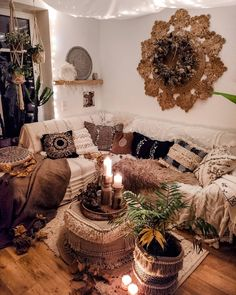 Bohemian Latest And Stylish Home decor Design And Life Style Ideas dach. - Bohemian Latest And Stylish Home decor Design And Life Style Ideas dachgeschoss - Boho Furniture, Stylish Home Decor, Aesthetic Room Decor, Cute Home Decor, Home Decor, Hippie Home Decor, Aesthetic Rooms, Stylish Interior Design, Stylish Interiors
