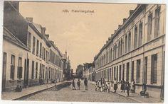 Antwerpen-Kiel - Pierenbergstraat Street View, 1960s, Retro, School, Kiel, Sixties Fashion, Retro Illustration