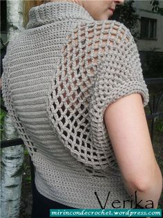 Wish I could read this crochet pattern. I have to teach myself to read crochet charts Gilet Crochet, Crochet Jacket, Crochet Cardigan, Crochet Shawl, Crochet Stitches, Crochet Patterns, Crochet Shrugs, Crochet Vests, Crochet Sweaters