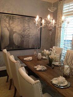 Dining room #metallic #upholstered #dining #chair #IBBDesign #drapery #art