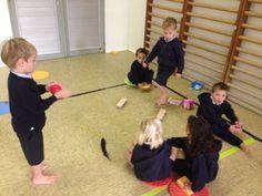 Peuterschrijfdans 6 kriebelbladeren voetenmassage