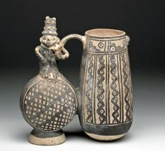 Chancay Double-Lobed Figural Whistling Vessel : Lot 425
