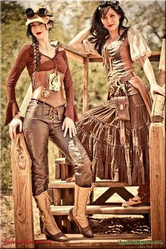 Leather Mystics Renaissance, Steampunk, and Burning Man Leathers and More!! ......Amazing workmanship!!!