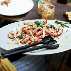 Hugh Acheson prepares grilled shrimp as a light appetizer with green apple, charred scallions, smoked paprika and sesame seeds. Grilled Shrimp Recipes, Grilled Seafood, Fish And Seafood, Grilled Fish, Seafood Dishes, Seafood Recipes, Wine Recipes, Seafood Paella, Seafood Platter