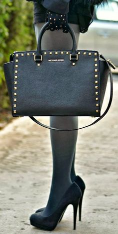 5d4b26cfdb1b Things I want on the blog today! Handbags Michael Kors, Mk Handbags,  Discount
