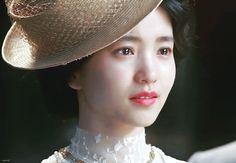 Korean Actresses, Korean Actors, Korean Celebrities, Celebs, Disney Phone Wallpaper, Bubblegum Pink, Korean Drama, Bellisima, Film