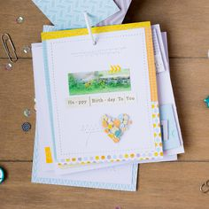 http://mojosanti.blogspot.de/2015/07/blog-hop-der-happy-scrappy-friends-im.html
