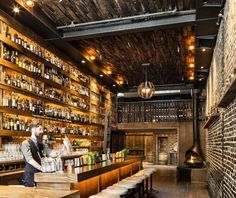 oldschool bar, exposed brick and wood
