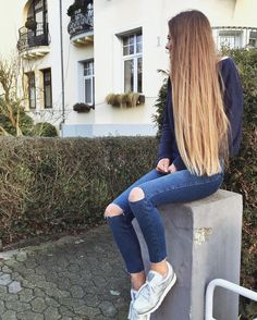 Long To Short Hair, Very Long Hair, Long Curly Hair, Curly Hair Styles, Brunette To Blonde, Blonde Hair, Pretty Hairstyles, Straight Hairstyles, Hair Inspo