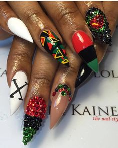 Long and Bomb, just the way I like it 😩😍 📸: . Cute Nails, Pretty Nails, Hair And Nails, My Nails, Rasta Nails, Simple Fall Nails, Abstract Nail Art, Marble Nail Art, Summer Acrylic Nails