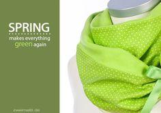 zweimalB :: Loopschal aus Interlock und Baumwolle mit Punkten in Grün