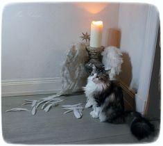 Méas Vintage Hobbit, Meas Vintage, Shabby, Candle Holders, Blog, Candles, Antiques, Artist, Decor