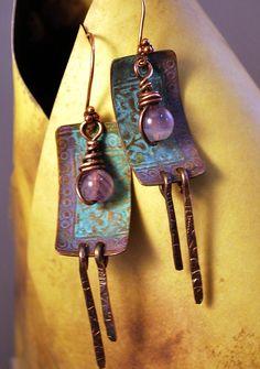 Pretty earrings! (by Melinda Orr Designs)