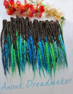 tropical dread extensions made by Anouk Dreadmaker #anoukdreadmaker #dreadlocks #locks #synthetic #crocheted #extensions