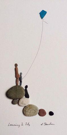Sharon Nowlan original Kunst mit Kieselsteinen und von PebbleArt Sharon Nowlan original art with pebbles and pebble art Stone Crafts, Rock Crafts, Arts And Crafts, Art Crafts, Sea Glass Crafts, Sea Glass Art, Stained Glass, Desenho Pop Art, Deco Nature