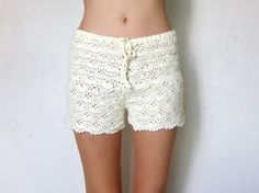 So cozy. I wanna wear these shorts under my skirts in winter! #crochet