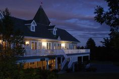 Breathtaking views from the Golfview Ballroom - @ Springfield Country Club Banquet Facilities, Mansions, Country, House Styles, Gallery, Knot, Club, Home Decor, Knots