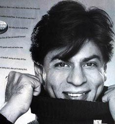 I want to build a tiny house and live in his dimples #SRK #Shahrukh #Bollywood