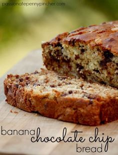 Banana Chocolate Chip Bread ~ so easy to make and a great way to use up overripe bananas!