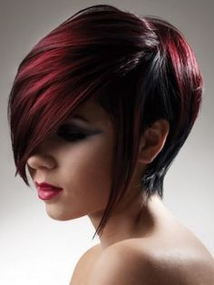 Short Layered Hair Style
