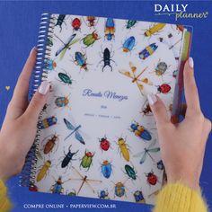 O Daily Planner é completo, a capa é removível e vem com vários produtos personalizados com seu nome, como caderno Satélite, bloco de notas, cartões, régua e outros acessórios incríveis. #meudailyplanner Veja mais: www.paperview.com.br