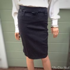 🚨‼️SALE‼️🚨🎉United ColorsofBenetton Pencil Skirt Gorgeous work chic staple. Form fitting. Leather flower belt included. Like new!👗The Chic Shed; A Current and Classic Fashion Curation. 👗 🎁10% OFF BUNDLES🎁 I ❤️ THE OFFER BUTTON😊 ❌NO PP, TRADES, HOLDS❌  💖15% OFF RETURN BUYER BUNDLES💖 United Colors Of Benetton Skirts Pencil