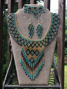 Beautiful handmade necklaces, by Mexican artisans, we have many models Beaded Earrings Patterns, Bead Loom Patterns, Beaded Jewelry, Beaded Collar, Collar Necklace, Crystal Bead Necklace, Beaded Necklace, Gypsy Look, Women's Jewelry Sets