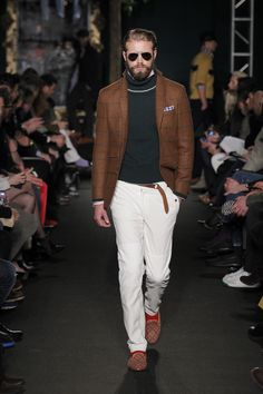 Browse Michael Bastian's Fall / Winter 2012 lookbook. Designer runway and lifestyle images, only available here at Michael Bastian NYC