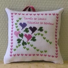 Harvest of happiness Small Cross Stitch, Cross Stitch Heart, Cross Stitch Boards, Counted Cross Stitch Kits, Modern Cross Stitch, Cross Stitch Designs, Cross Stitch Patterns, Hand Embroidery Videos, Ribbon Embroidery