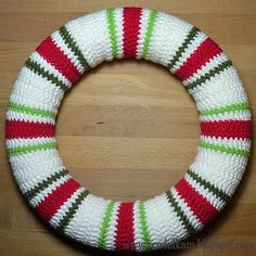 Crochet Christmas wreath by VendulkaM