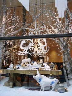 Beautiful Window Displays!: anthropologie Look blog...<3 it.