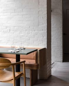 cool booths and brick painted white Hotel Restaurant, Restaurant Design, Cafe Bar, Bakery Cafe, Commercial Design, Commercial Interiors, Interior Definition, Banquette Seating, Bar Interior