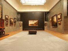 Interior do Museu Rijks (Rijksmusem) Amsterdam, localizado em Amsterdam, Países Baixos. Uma das salas de exposição. Fotografia: Justin V. A. Slater.