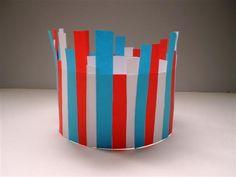 Kroon voor koninginnedag, ook een leuk idee om een bloempot/vaas mee te versieren.