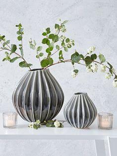 Graceful Ceramic Vase #nordichouse #vase #weddinggiftlist