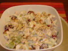 Ensalada de pollo con uvas y manzana
