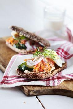 Loimulohileivät | K-Ruoka #kala Kala, Sandwiches, Mexican, Cheese, Baking, Ethnic Recipes, Food Ideas, Pizza, Country