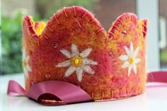 "Waldorf crown ""Daisy"" by Hester Wakka"