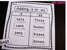 Plural nouns worksheet first grade reading level where students practice adding s or es to a word to make the word plural. Great and easy grammar practice! Plural Nouns Worksheet, Plurals Worksheets, Plural Words, Singular And Plural Nouns, Kindergarten Reading, Teaching Reading, Teaching Ideas, Learning, Primary Teaching