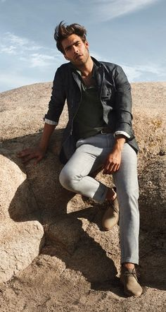 Shop Banana Republic for Contemporary Clothing for Women & Men Most Beautiful Eyes, Gorgeous Men, Beautiful People, Casual Suit, Men Casual, Male Models Poses, Style Urban, Jon Kortajarena, Mens Fall